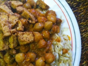 Chickpeas in spiced gravy