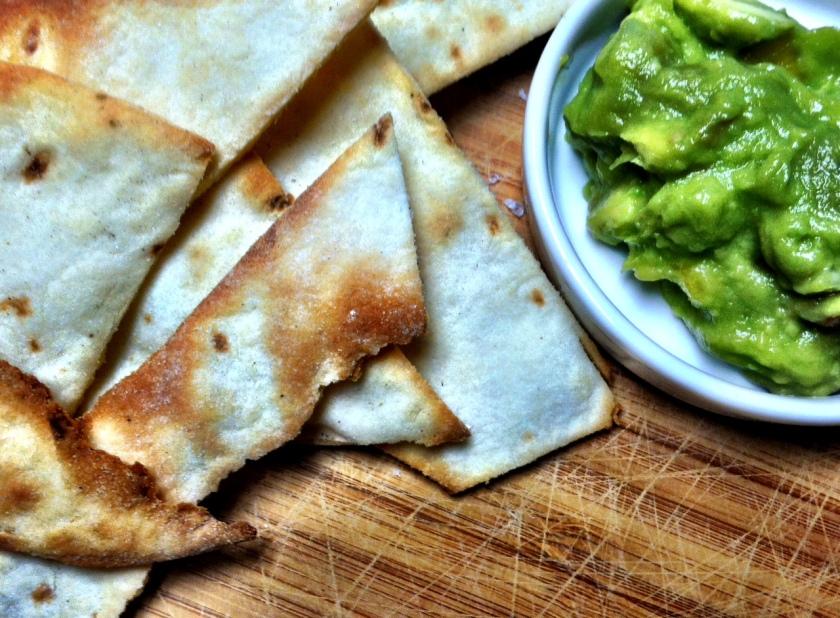 Tortillas w:peach guacamole