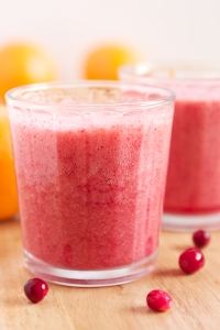 Vitamin-C-Booster-Cranberry-Orange-Smoothie-GI-365-2-1