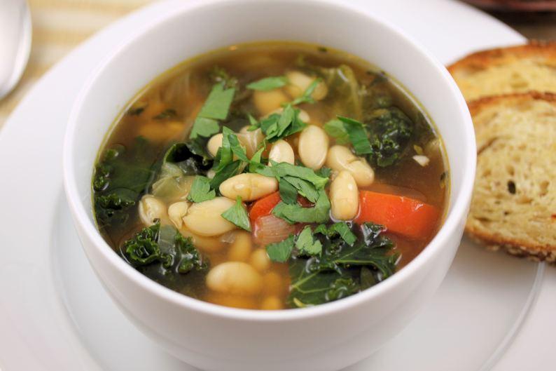 white-bean-and-kale-soup-2