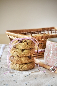 date quinoa chocolate chip cookies