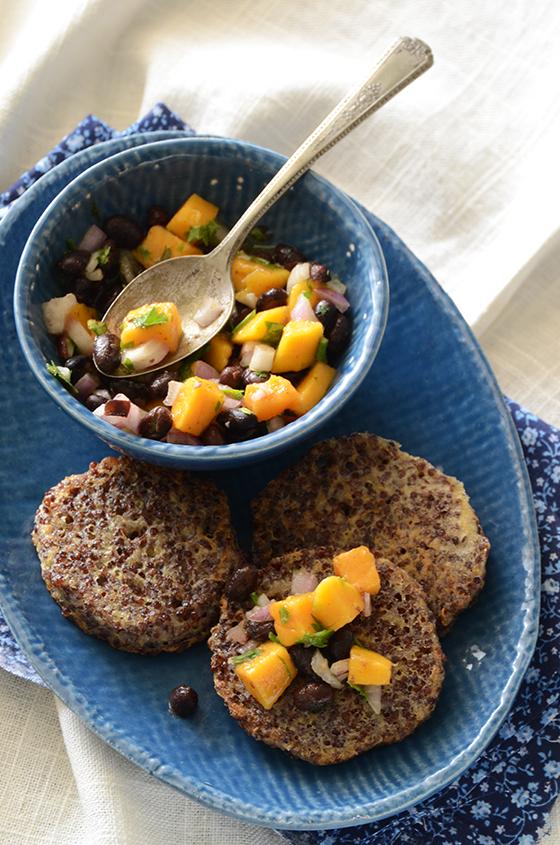 Garlicky-Red-Quinoa-Patties-with-Mango-Black-Bean-Salsa-2